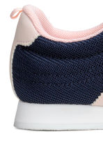 Sneakers in mesh - Blu scuro -  | H&M IT 4