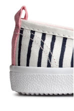 Slip-on trainers - White/Dark blue/Striped -  | H&M 4