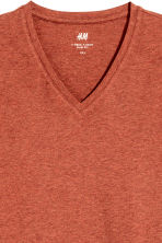 V-neck T-shirt Slim fit - Rust marl - Men | H&M 3