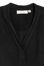 V-neck blouse - Black -  | H&M 3