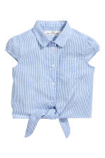 Tie-front seersucker blouse - Blue/White/Striped - Kids | H&M CN 2