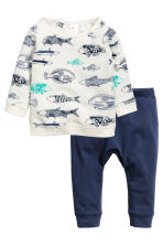 Top and trousers - White/Fish - Kids | H&M CN 1