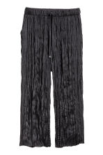 Crinkled ankle-length trousers - Black - Ladies | H&M 2