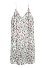 H&M+ V-neck dress - Natural white - Ladies | H&M 1