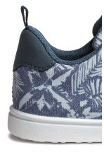 Canvas trainers - Blue/Patterned - Kids | H&M CN 3