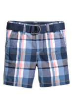 Shorts with a belt - Blue/Checked - Kids | H&M 2