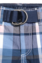Shorts with a belt - Blue/Checked - Kids | H&M 3