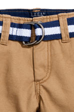 Shorts with a belt - Camel - Kids | H&M 3