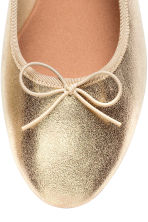 Ballet pumps - Gold - Ladies | H&M CN 3