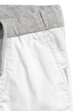 Twill shorts - Light grey - Kids | H&M 3