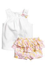 Vest top and frilled shorts - White/Floral - Kids | H&M 1