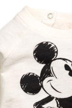 Printed sweatshirt - Natural white/Mickey Mouse - Kids | H&M CN 2