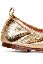 Soft ballet pumps - Gold - Ladies | H&M CN 4