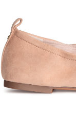 Soft ballet pumps - Powder beige - Ladies | H&M CN 4