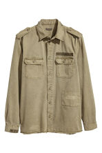 Cotton twill utility shirt - Khaki green - Men | H&M 1