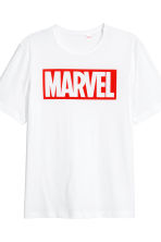 Pyjama T-shirt and shorts - White/Marvel Comics - Men | H&M 4