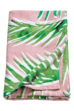 Patterned beach towel - Light pink/Leaf - Home All | H&M CN 2