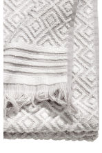 Jacquard-weave towel - Light grey/Patterned - Home All | H&M CN 3