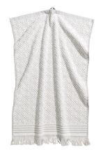 Jacquard-weave hand towel - Light grey/Patterned - Home All | H&M CN 1