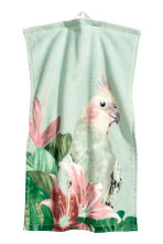 Printed guest towel - Mint green/Parrot - Home All | H&M CN 2