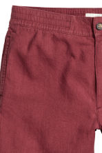 Linen-blend knee-length shorts - Dark red - Men | H&M 4