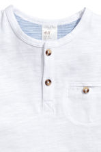 Short-sleeved Henley shirt - White -  | H&M 2