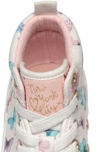 Hi-top trainers - White/Butterflies - Kids | H&M CN 3