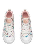 Hi-top trainers - White/Butterflies - Kids | H&M CN 2