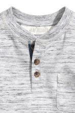 Henley shirt - Light grey marl - Kids | H&M 3