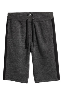 Knee-length sweatshirt shorts