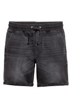 Denim-look sweatshirt shorts - Black washed out - Men | H&M 1