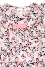 Patterned romper suit - Light pink/Butterflies - Kids | H&M 2