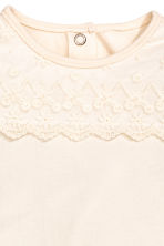Bodysuit with a lace yoke - Natural white -  | H&M 2