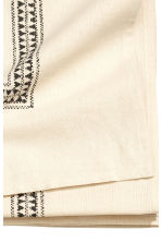 Patterned tablecloth - Natural white/Leaf  - Home All | H&M CN 4