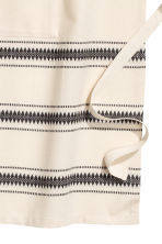 Jacquard-patterned apron - Natural white/Striped - Home All | H&M CN 2