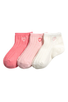 3-pack shaftless socks
