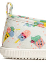 Elasticated trainers - White/Ice cream - Kids | H&M 4
