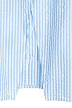 Blouse with a wrapover back - Blue/Striped - Ladies | H&M CN 4