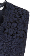V-neck lace dress - Dark blue - Ladies | H&M CN 3