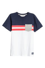 T-shirt - White/Red - Kids | H&M CN 2