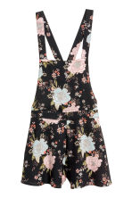 Patterned dungaree shorts - Black/Floral - Ladies | H&M CN 2