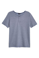 T-shirt with buttons - Dark blue/Narrow striped - Men | H&M CN 2