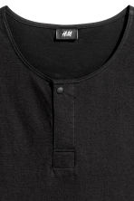 T-shirt with buttons - Black - Men | H&M CN 3