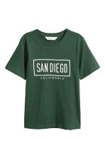 Printed T-shirt - Dark green -  | H&M CN 2