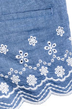 Embroidered cotton shorts - Blue/Chambray - Kids | H&M 4