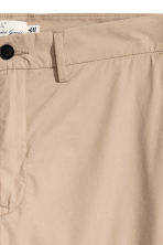Katoenen chino - Beige - HEREN | H&M BE 2