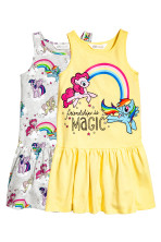 Amarelo claro/My Little Pony