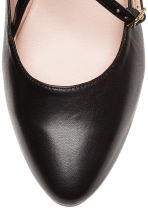 Flat strappy shoes - Black - Ladies | H&M CN 3