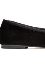 Suede ballet pumps - Black - Ladies | H&M 4