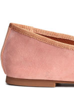 Suede ballet pumps - Light pink - Ladies | H&M 4